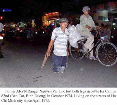 Thương phế binh Nguyễn Văn Lộc mất hai chân trong trận đánh ở Bến Cát