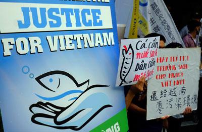 Người Việt Nam ở Đài Loan phản đối Formosa Hà Tĩnh hôm 10 tháng 8 năm 2016.