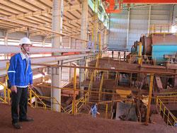 Nhà máy Alumin Tân Rai, ảnh chụp trước đây. Photo courtesy of nld.