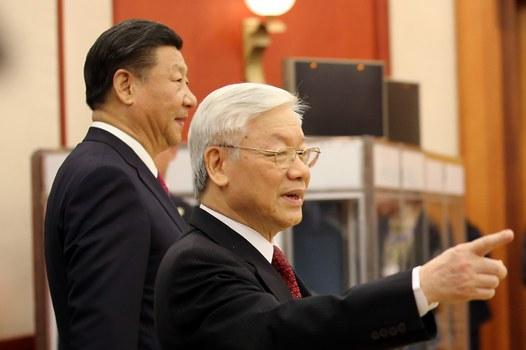 Chủ tịch Trung Quốc Tập Cận Bình và Tổng Bí thư ĐCS Việt Nam Nguyễn Phú Trọng tại Hà Nội vào ngày 12 tháng 11 năm 2017.