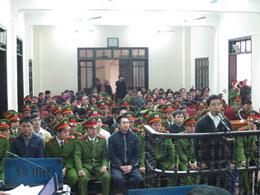 Toàn cảnh phiên tòa xét xử các thanh niên công giáo- Ảnh: THNA/nghean24h