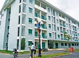 Nhiều khu xây dựng xong xuôi nay bỏ trống chờ khách. (cohoigiaothuong.com)