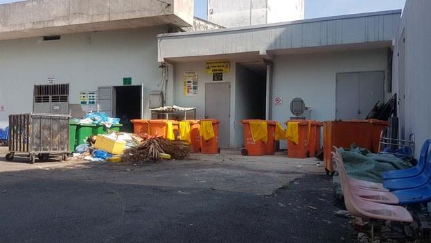 Một khu vực xử lý rác thải y tế tại một bệnh viện ở Sài Gòn.