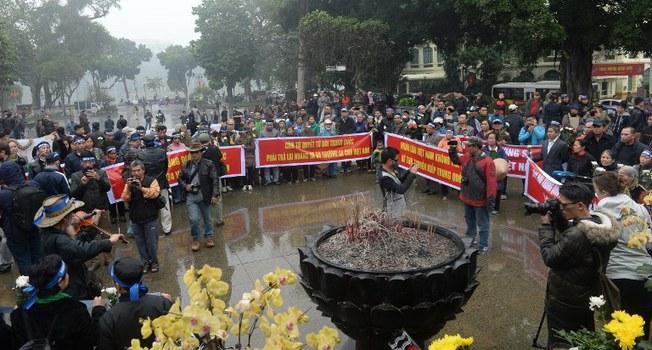 Một cuộc biểu tình phản đối Trung Quốc cưỡng chiếm Hoàng Sa ngày 19/1/1974 được tổ chức tại Hà Nội vào năm 2017.