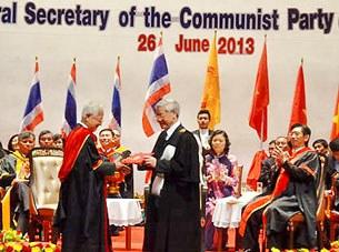 Tổng Bí thư Nguyễn Phú Trọng nhận bằng tiến sỹ danh dự của Thái Lan