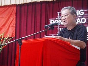 Ông Lê Hiếu Đằng phát biểu nhân ngày Lễ  tưởng niệm đồng bào, chiến sĩ hi sinh trong cuộc chiến đấu bảo vệ biên giới phía Bắc, Tây Nam và ở Hoàng Sa, Trường Sa(27/07/2011)