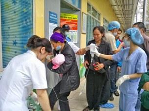 Một em bé khẩn cấp nhập viện vì biến chứng từ bệnh sởi