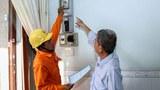 Giá điện cao có 'né' dân nghèo?