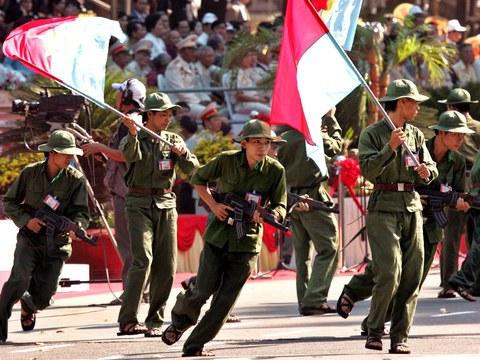 Bộ đội Việt Nam tái hiện cảnh Sài Gòn ngày 30 tháng 4 năm 1975. Ảnh chụp hôm 30 tháng 4 năm 2005.