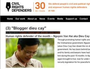 """Blogger Điếu Cày đã được """"Civil Rights Defenders"""" ở Thụy Ðiển tuyển chọn là """"nhà bảo vệ nhân quyền"""" của tháng (năm 2011)"""