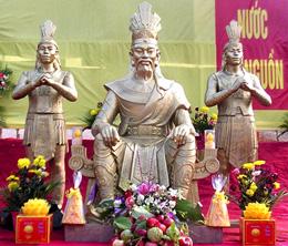 Bàn thờ vua Hùng. Source bptv.vn