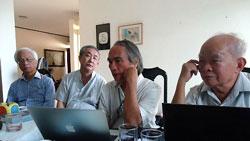 Cuộc gặp của nhóm Văn đoàn Việt Nam tại Sài Gòn hồi tháng 1 năm 2014. Courtesy FB Phạm Đình Trọng.