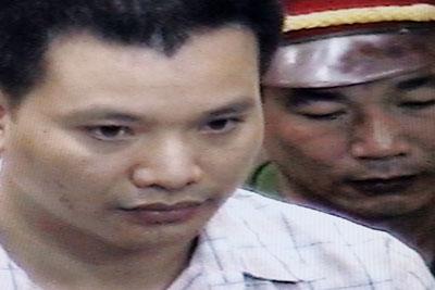 Luật sư bất đồng chính kiến Nguyễn Văn Đài tại Toà án nhân dân Hà Nội, ngày 11 tháng 5 năm 2007.