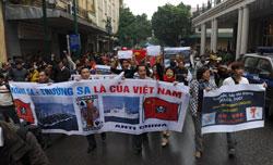 Biểu tình chống Trung Quốc tại Hà Nội hôm 09/12/2012. AFP photo