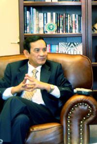Ông Lê Công Phụng, Đại sứ VN tại Hoa Kỳ, nguyên Trưởng đoàn đàm phán của Chính phủ về biên giới, lãnh thổ với Trung Quốc.