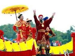 Hưng Đạo Vương với Hội nghị Diên Hồng- tranh của web vietnam.vn