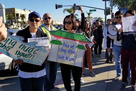 Biểu tình Bảo vệ Người Việt tỵ nạn có nguy cơ bị Mỹ trục xuất ở Little Saigon, California, hôm 15/12/2018