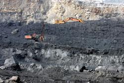 Mỏ than ở phía bắc tỉnh Quảng Ninh, ảnh chụp trước đây. AFP PHOTO.