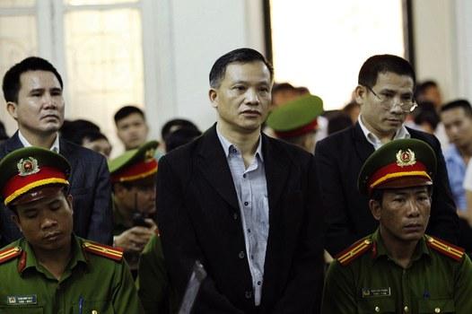 Luật sư Nguyễn Văn Đài trong phiên tòa tại Hà Nội vào ngày 5 tháng 4 năm 2018.