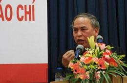 Blogger Phạm Viết Đào trong một lần phát biểu trước báo chí. Photo courtesy nguyentandung.org