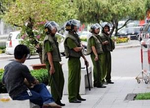 Saigon_OlympicTorchRelay_305.jpg