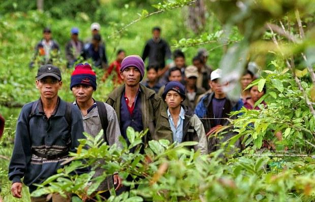 Nhiều đợt người Thượng Tây Nguyên trốn chạy sự bắt bớ của nhà cầm quyền Việt Nam vượt biên sang Campuchia
