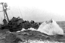 Chiến hạm VNCH và Trung Quốc giao tranh ở Hoàng Sa năm 1974. File photo.