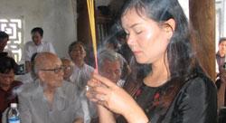 Nhà ngoại cảm Phan Thị Bích Hằng, ảnh chụp trước đây. Courtesy TTT.