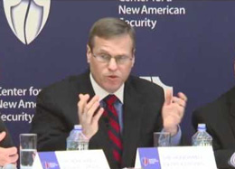 Tiến sĩ Patrick Cronin, chuyên gia tư vấn cao cấp, Giám đốc chương trình an ninh châu Á Thái Bình Dương thuộc Trung tâm Mỹ mới, Hòa Kỳ. Courtesy CNAS.ORG