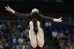 VĐV Thể dục dụng cụ VN Đỗ Thị Ngân Thương trong ngày thi đấu 29/7/2012 tại Olympic London. AFP photo