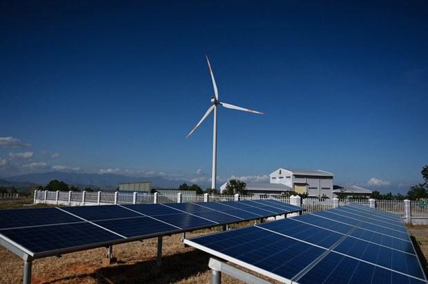 Nghịch lý điện mặt trời tại Việt Nam sau 2 năm phát triển