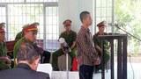 Em Nguyễn Mai Trung Tuấn 15 tuổi bị một tòa án huyện ở Long An hôm 24/11/2015 kết án sơ thẩm 4 năm 6 tháng tù-