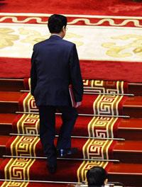 Thủ tướng Việt Nam Nguyễn Tấn Dũng trong lễ khai mạc phiên họp thường niên thứ hai của Quốc hội tại Hà Nội vào ngày 21/10/2013. AFP photo