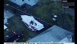 Chiếc ca-nô nơi Dzhokhar Tsarnaev trốn và bị bắt - authorities released photo
