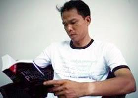 blogger Người Buôn Gió (tên thật là Bùi Thanh Hiếu). blog dan chu cho vietnam