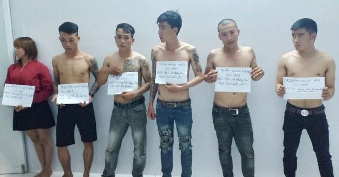 Hình minh họa. Nhóm thanh niên chống cảnh sát giao thông ở thành phố Cần Thơ