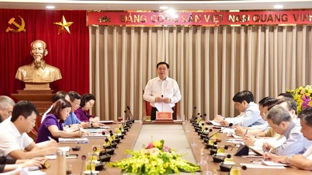 vuong-dinh-hue-0724-630