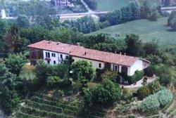 Ngôi nhà trên ngọn đồi ở Portacomaro Stazione, tỉnh Asti của Ý, nơi cư trú của giòng họ Bergoglio trong gần hai thế kỷ- BBB News photo