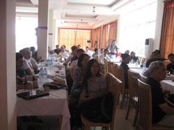 Các cử tọa tại buổi thuyết trình về vấn đề Biển Đông tại Hà Nội vào ngày 24/9. Courtesy NguyenTuongThuyBlog.