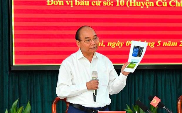 Thế nào là 'Dân chủ tào lao' như lời Chủ tịch Nguyễn Xuân Phúc?