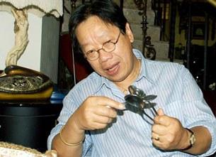 Nhạc sĩ Trần Quang Hải hướng dẫn cách đành nhịp bằng muỗng