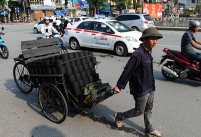 Hình minh họa chụp tại Hà Nội hôm 10/09/2015. AFP PHOTO / HOANG DINH NAM.