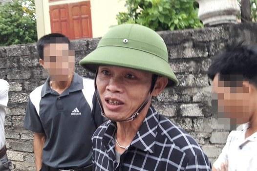 Ông Nguyễn Đình Thọ, người bị cho là thành viên của Hội cờ đỏ, một công an xóm Quỳnh Khôi đã đe dọa giết Linh mục Anton Đặng Hữu Nam.