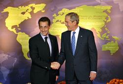 Tổng thống Hoa Kỳ George W. Bush và Tổng thống Pháp Nicolas Sarkozy tại Hội nghị Thượng đỉnh G20. AFP PHOTO