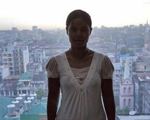 Một cô gái khác tên Cho được giải cứu về tại văn phòng của cơ quan chống buôn bán người của Liên Hợp Quốc ở Rangoon vào ngày 23 tháng Mười, 2012. (Co Cho bị bán sang Trung Quốc hồi năm 2010)