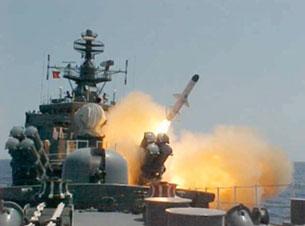 Các tàu hải quân Việt Nam hiện đại đều được trang bị hỏa tiễn. Source QDND