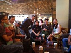 Các thành viên thuộc Mạng lưới Blogger Việt Nam đã tổ chức buổi Cafe Nhân quyền lần thứ nhất tại Cafe Starbucks Sài Gòn hôm 28/2/2014.