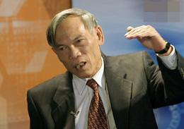 Ông Trương Đình Tuyển, nguyên Bộ trưởng Bộ Thương mại Việt Nam (nay là Bộ Công Thương) SGTT