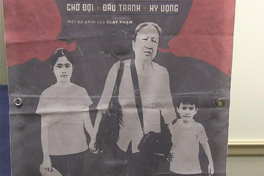Poster phim Mẹ Vắng nhà.
