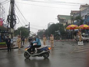 RFA 07/01/2013:  Việt Nam xét xử 14 thanh niên Công giáo và Tin Lành  ---  Hộ nuôi cá tra nhỏ lẻ phải bỏ nghề  ---  Phiên toà sơ thẩm xét xử các thanh niên Công giáo  ---  Nhiều người bị ngăn cản tại phiên tòa xử 14 thanh niên Công giáo  ---  NED gửi thư cho TT Nguyễn Tấn Dũng về vụ công an bắt giam LS Lê Quốc Quân  ---  Khi lịch sử do quyền lực chính trị tạo ra  ---  Các thanh niên Công giáo và Tin Lành sẽ bị xét xử vào ngày 8/1/2013